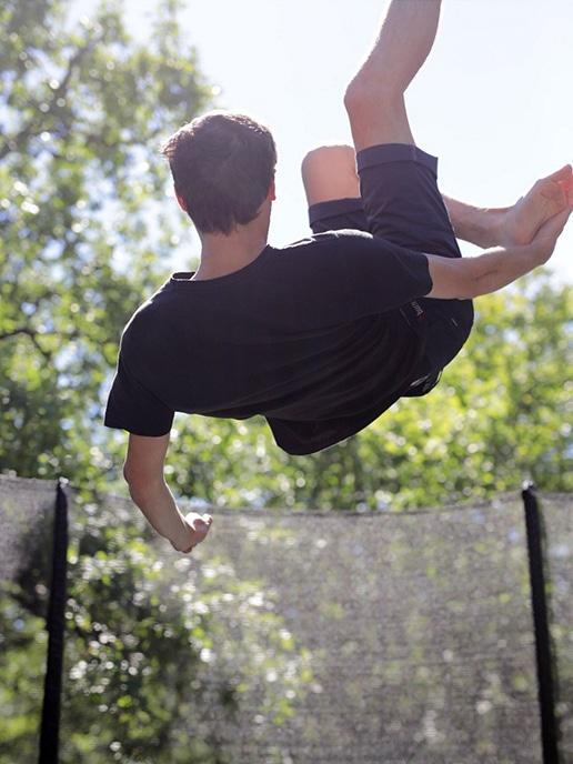 la Truffière village de gîtes trampoline